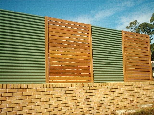 Alternating zincalume and balau panels
