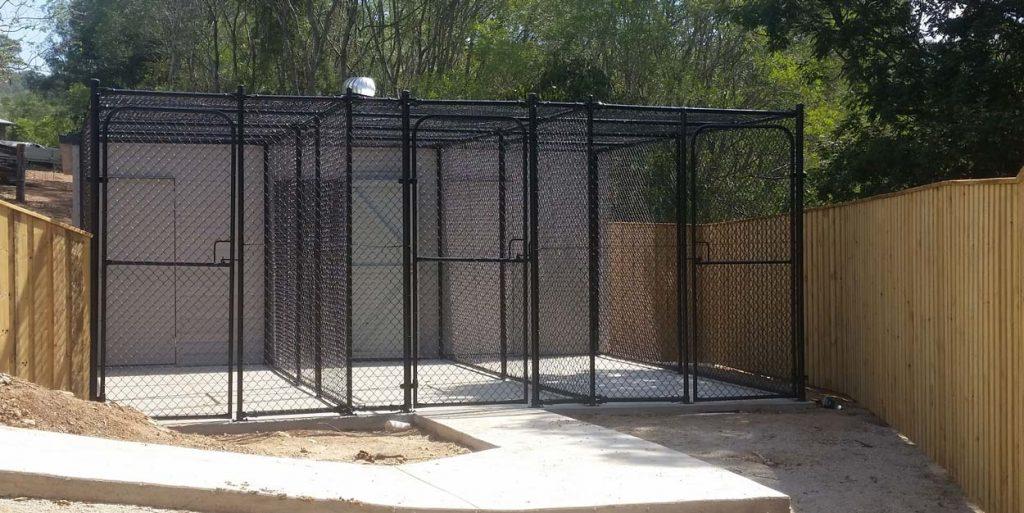 Chainwire Dog Run Cage