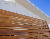 Horizontal Balau Timber Oiled Alternating Wide and Narrow Slats