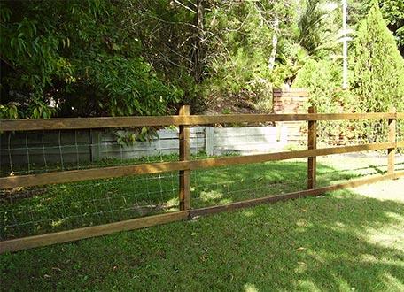 Dog Fences And Dog Enclosures