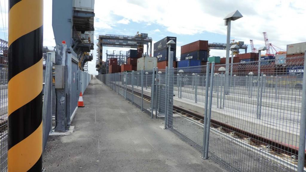 Weldmesh Laneway Barriers