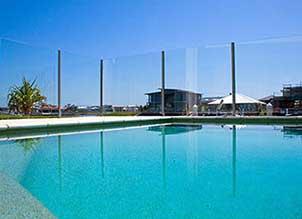 glass pool fence